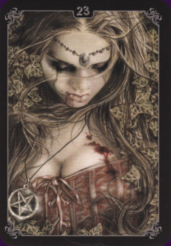 Victoria-Frances-Gothic-Oracle-6